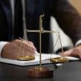 Advokatas administraciniame procese